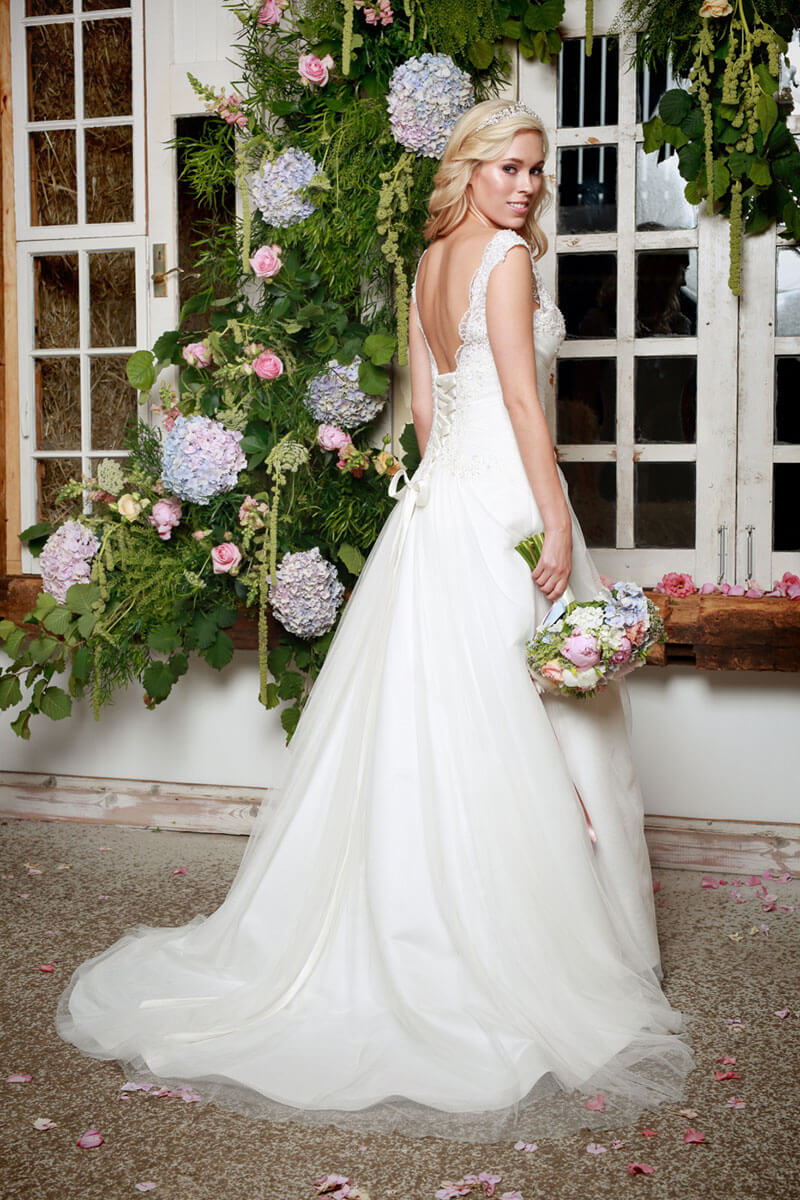 Jessicas Bridal And Evening Wear